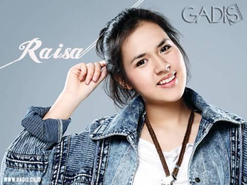Koleksi foto cantik Raisa Andriana artis penyanyi Indonesia