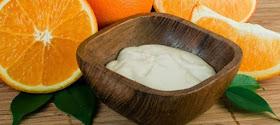 Γιαούρτι και πορτοκάλι για πιο λευκό δέρμα!