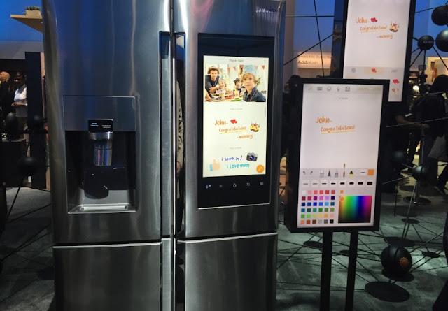 Đập thùng tủ lạnh Samsung Hub phiên bản gia đình mới