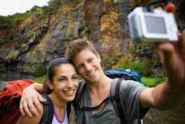 Tips Manjur Mencari Teman Saat Traveling