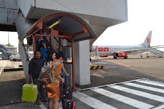 penumpang sebelum naik pesawat