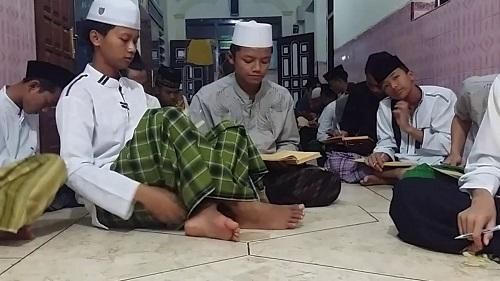 Tradisi khas santri salaf