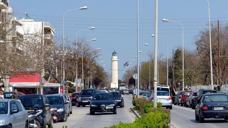 Λάθος απόφαση να στενέψει και να μονοδρομηθεί η παραλιακή λεωφόρος της Αλεξανδρούπολης