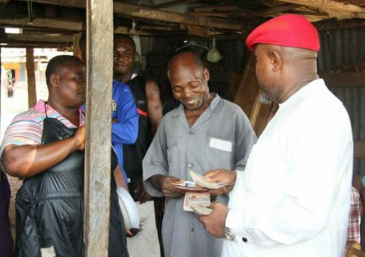 Graduate Helps Carpenter Who Assisted Him In School 20 Years Ago