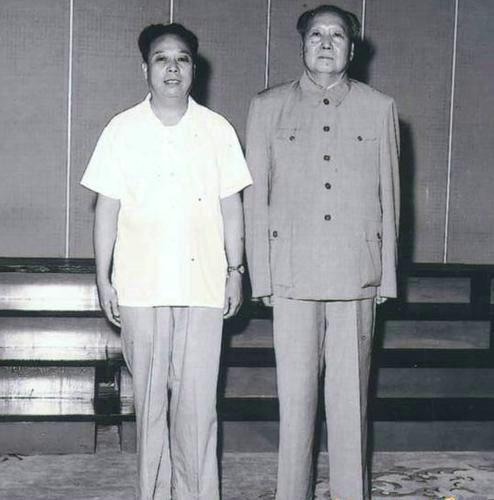 唐闻生王海容今何在_中国茉莉花革命:有损领袖形象《张耀祠回忆》被删除