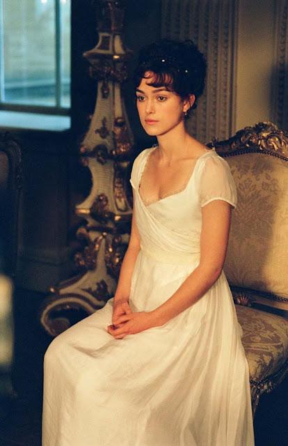 Keira Knightley como Elisabeth Bennet, filme Orgulho e Preconveito 2005 figurino