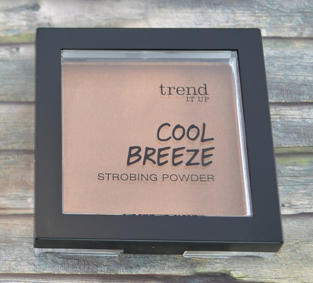 trend it up cool breeze LE strobing powder 020
