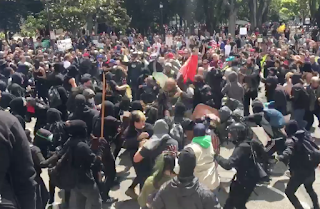 VIDEO: Trump Supporter Beaten With Skateboard By Agitators  At Berkeley Rally