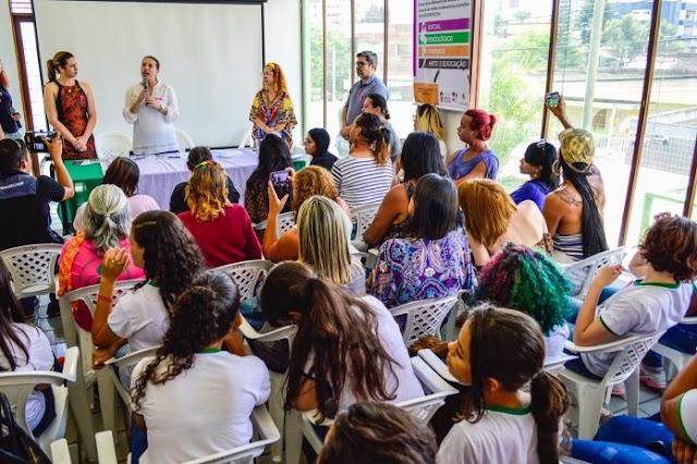 Prefeita Raquel Lyra sanciona leis que beneficiam as mulheres de Caruaru
