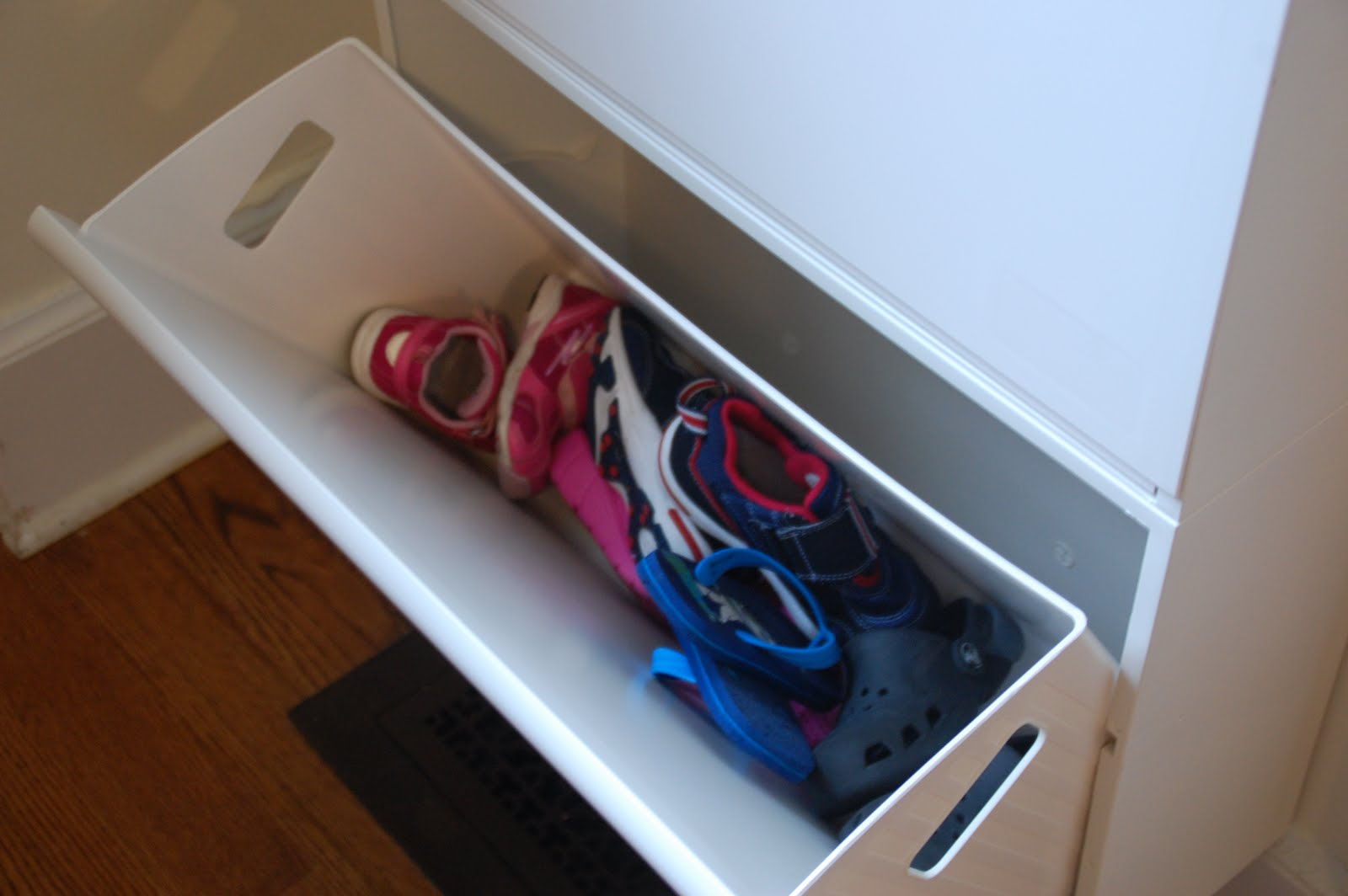 Lisa Moves Great Idea Ikea Recycling Bins For Shoes