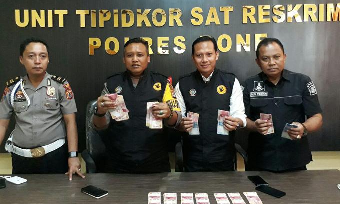 Satgas Saber Pungli OTT Kepala UPTD Disdik Libureng Bone