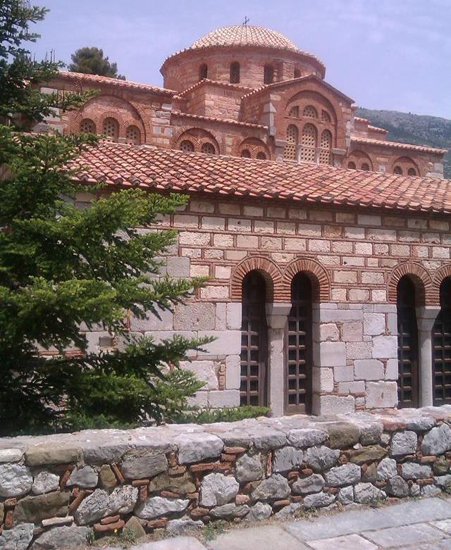 Η Μονή Οσίου Λουκά στο Στείρι Βοιωτίας