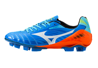 d6db6a5ce70 Maya Yoshida (Japan) and will wear Mizuno Wave Ignitus soccer cleats.