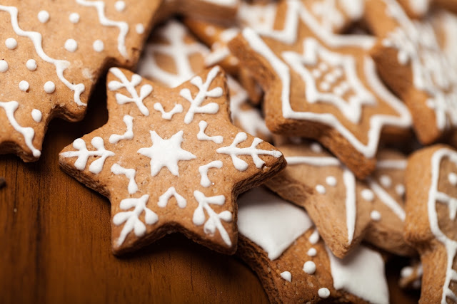 A close-up photo of festive holiday cookies.