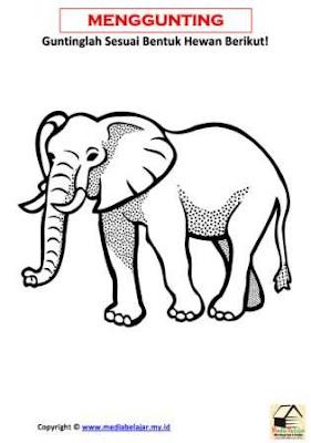 Belajar Menggunting Bentuk Hewan Gajah