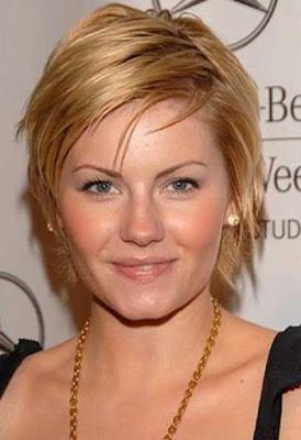 model rambut pendek untuk wanita dengan wajah oval_7002154