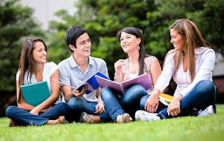 2 contoh komunikasi kelompok yang perlu diketahui