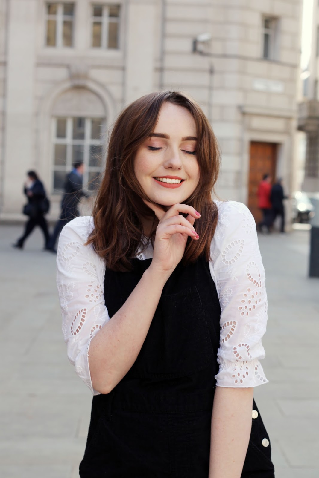 Liverpool blogger wearing peach coral pixi beauty lipstick, white blouse and black cord dungarees