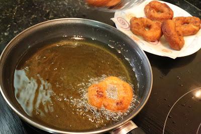 Preparación de rosquitos fritos caseros