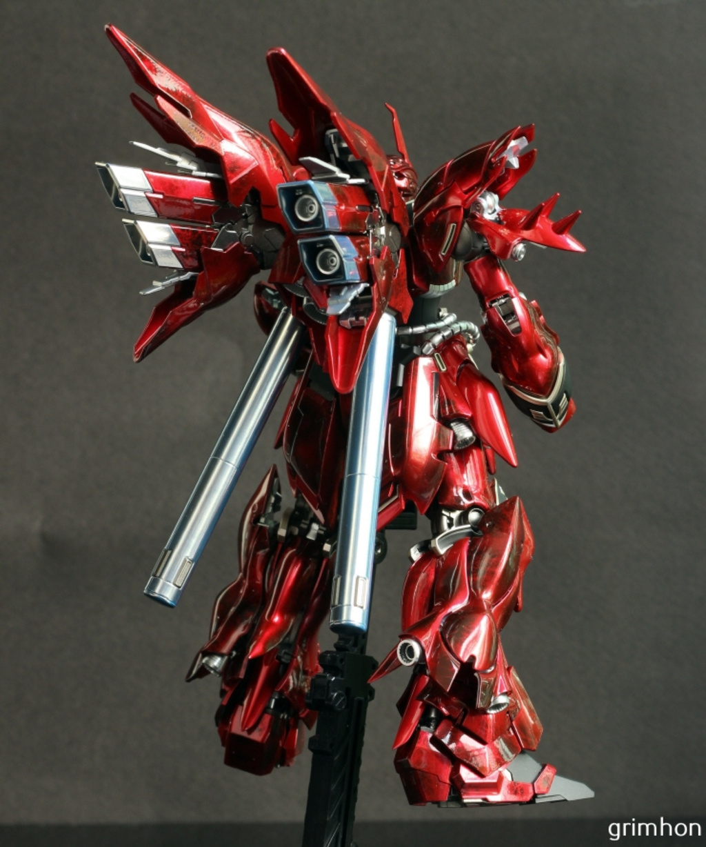 Painted Build: RG 1/144 MSN-06S Sinanju 'Metallic Marble Finish""