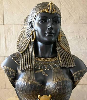 Cleopatra Sang Ratu Mesir