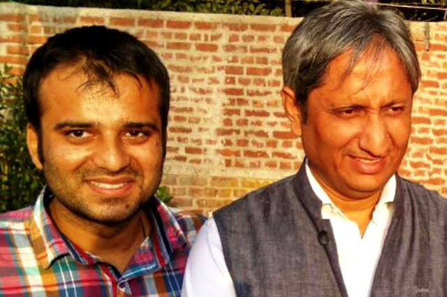Film critic Murtaza Ali Khan with TV journalist Ravish Kumar