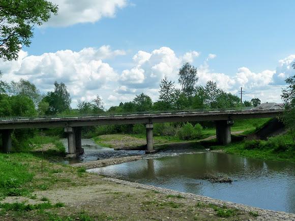 Гошев Долинского района Ивано-Франковской области. Мост через реку Лужанку