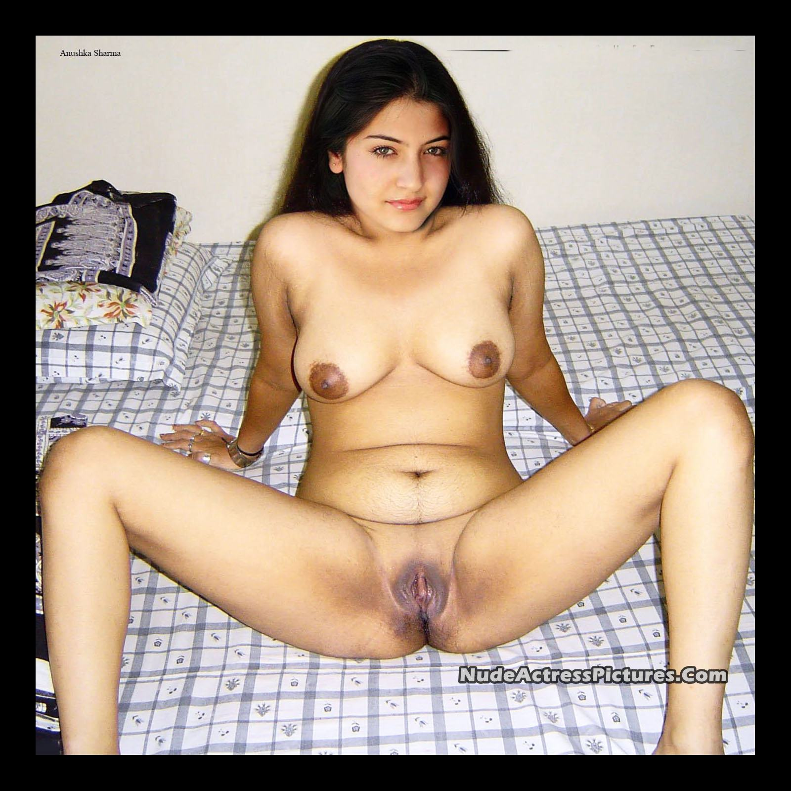 Nude thirty year old woman pussy