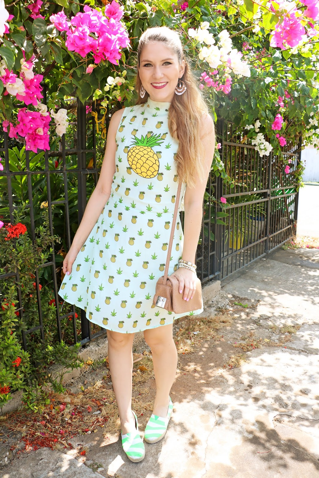 This pineapple dress is so cute!