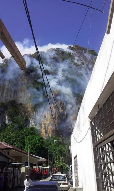 Sekitar Kejadian Bukit Batu Caves Terbakar