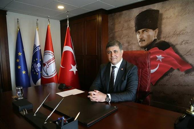 Karşıyaka Belediye Başkanımız Cemil Tugay (İzmir)