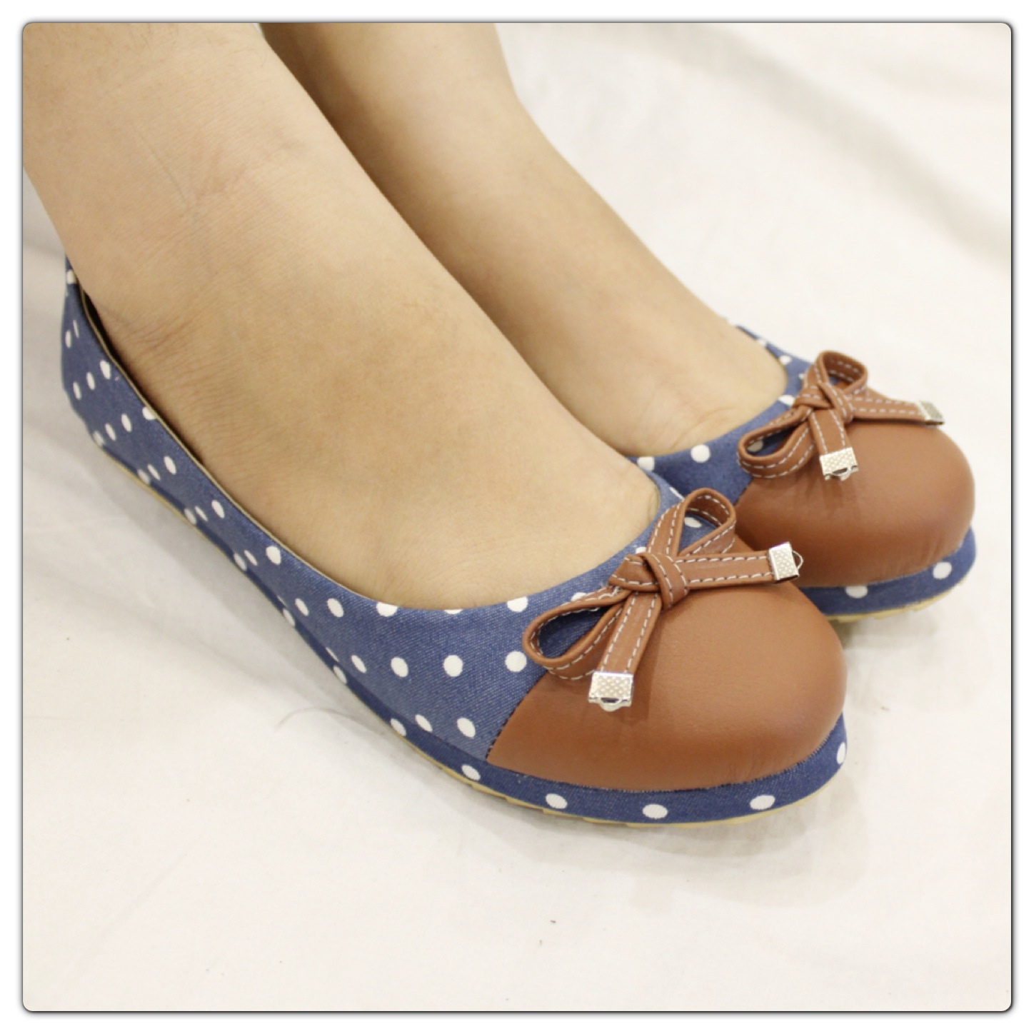 Whitepurple Katalog Sepatu Add Pin 29ef228f Text To Flat Polkadot Bonafeet 90rb