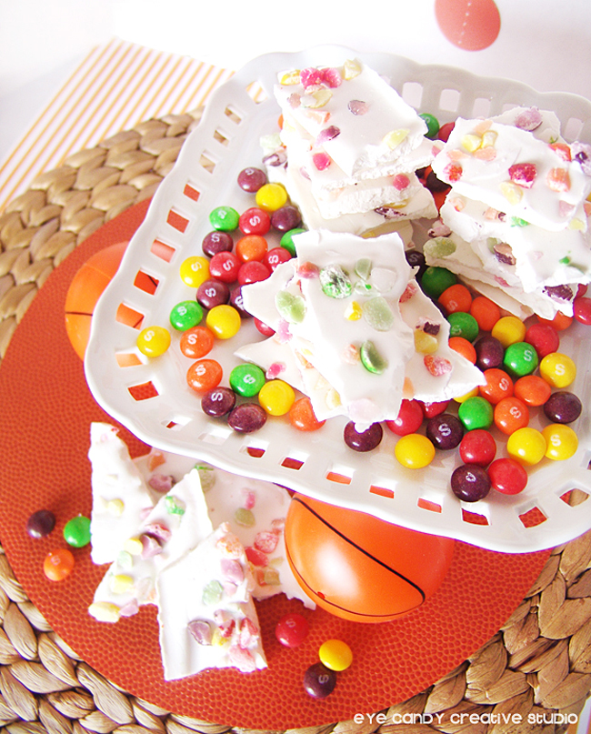dunk the rainbow bark, skittles, whte chocolate, how to make rainbow bark