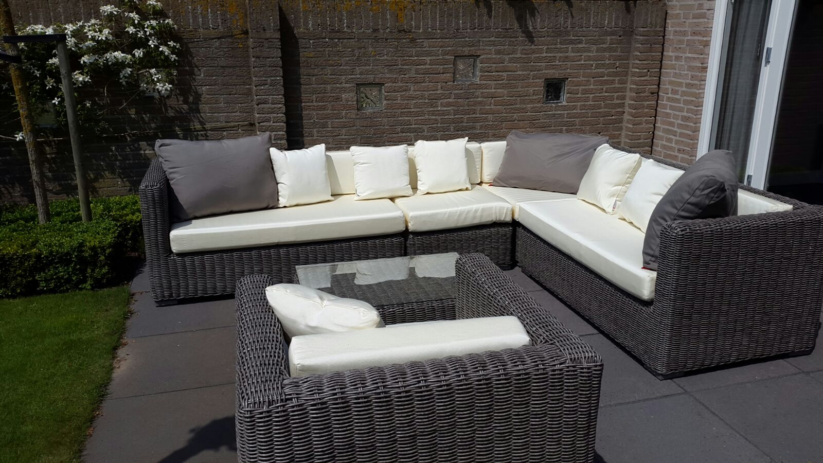Loungeset Tuin Goedkoop : Aya loungeset. gallery of life block outdoor lounge set with aya