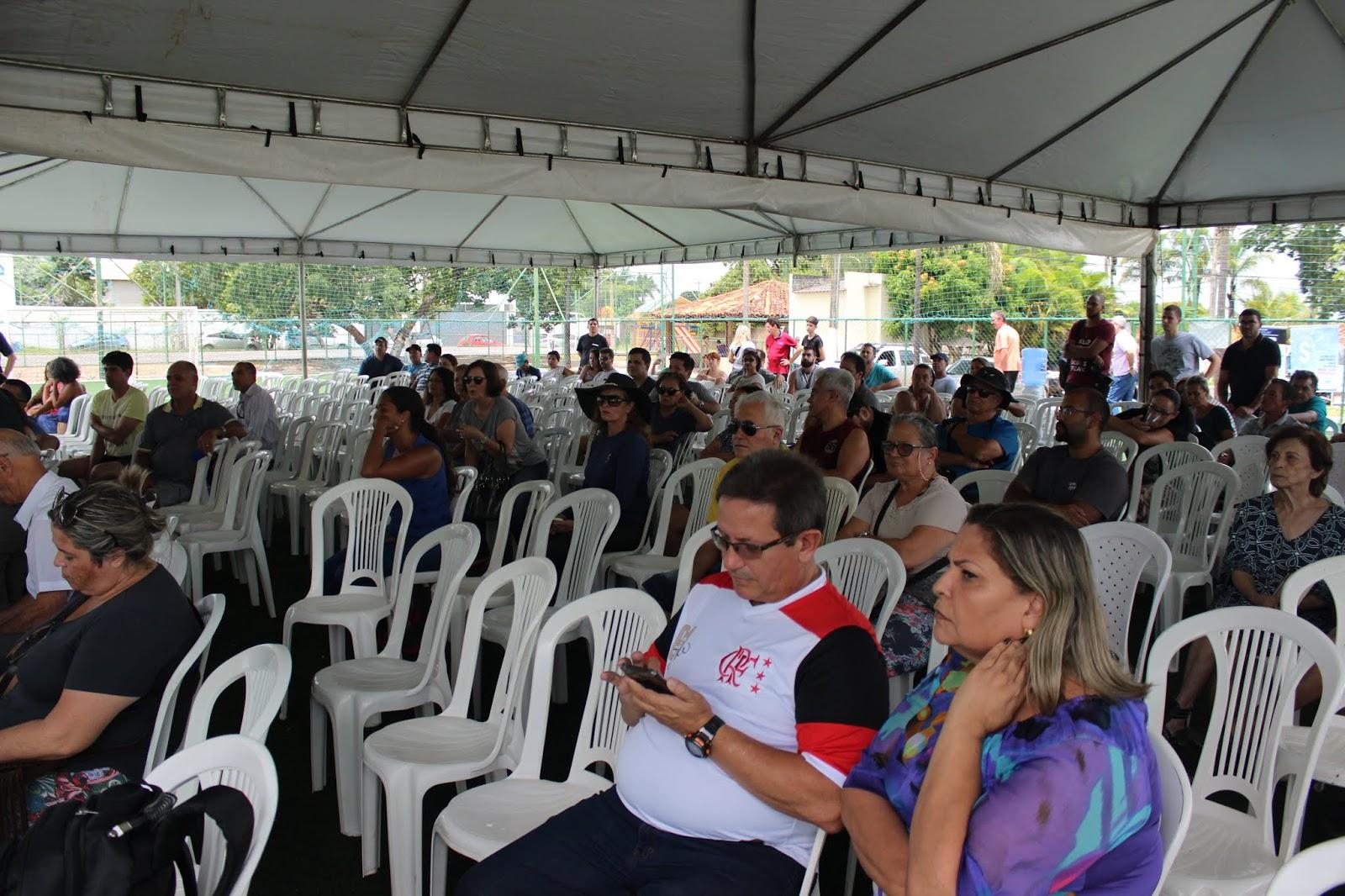 IMG 2836 - Novo administrador do Paranoá, Sergio Damasceno, começa seu primeiro dia de trabalho no Domingo ouvindo a comunidade local.