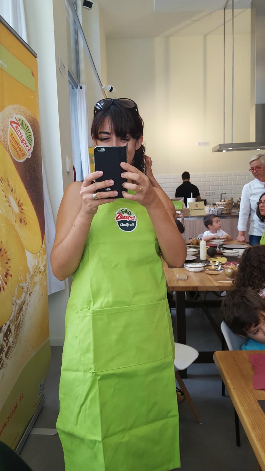 recetas-faciles-niños-taller-cocina-kiwi-amarillo-zespri-sungold