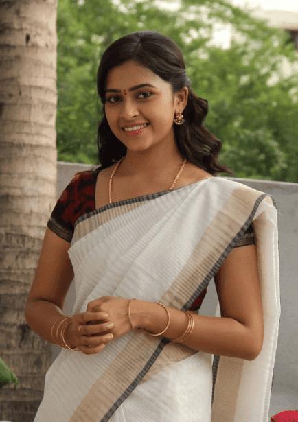 sri divya new photos