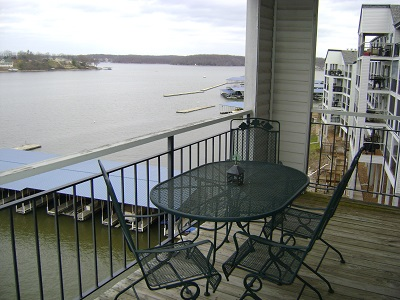 Lake Of The Ozarks Vacation Rentals 2 Bedroom Waterfront