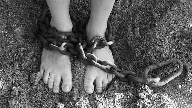 Niewolnicy z Ziemi