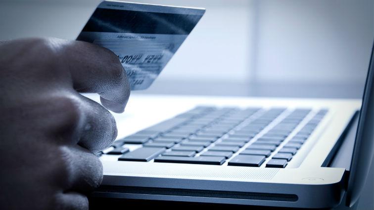 Visa e PagSeguro firmam parceria e lançam cartão para empreendedores