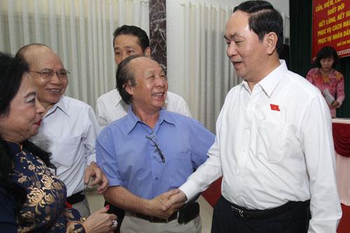 Đồng chí Chủ tịch nước Trần Đại Quang trả lời chất vấn của cử tri tại Quận 1 Thành phố Hồ Chí Minh