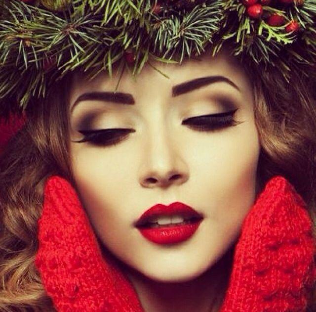 http://s-fashion-avenue.blogspot.it/2015/12/cristmas-make-up.html
