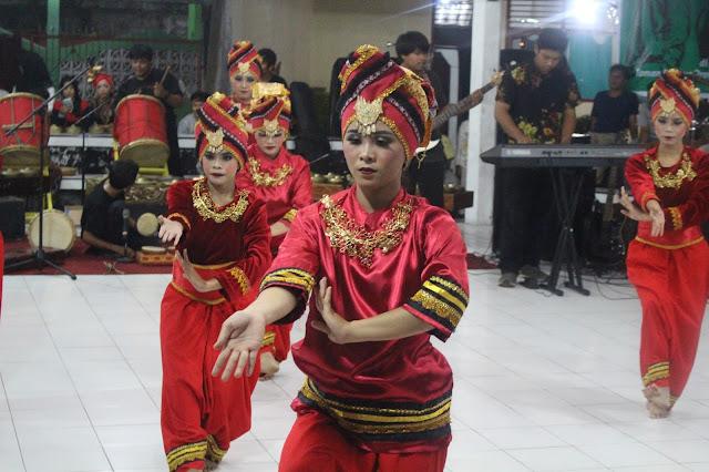 Batimbang Pandang Melihat Karya Seniman Muda Sumatera Barat