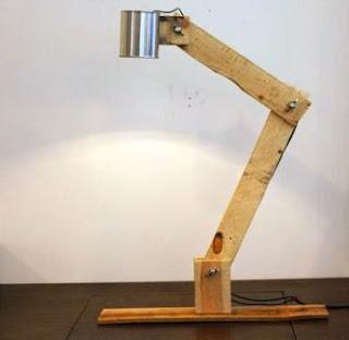 Cara Membuat Lampu Meja dari Kayu dan Kaleng Bekas