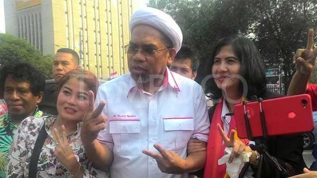Jubir Istana: #2019GantiPresiden Makar!