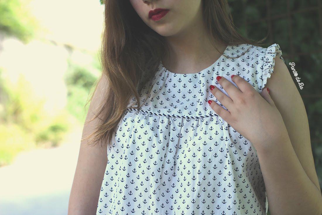 Blusa con estampado de anclas