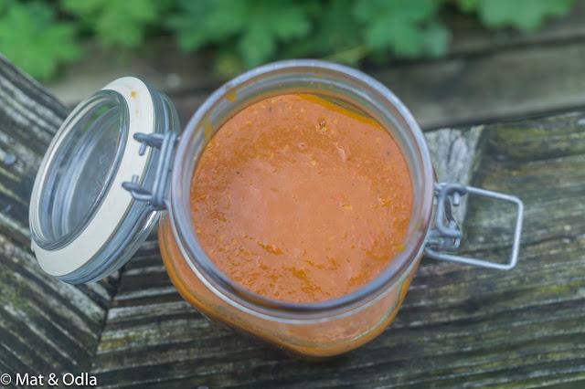 gul tomatketchup