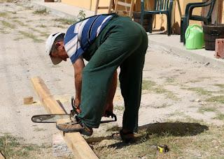 Bekir using the chainsaw again