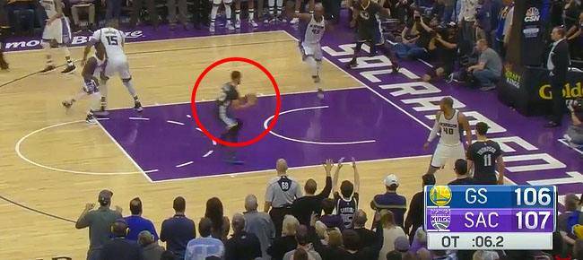 Stephen Curry Misses The Game Winning Layup vs. Kings (VIDEO)