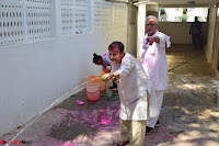 Gulzaar Celeting Holi at his Home 13 03 2017 008.JPG
